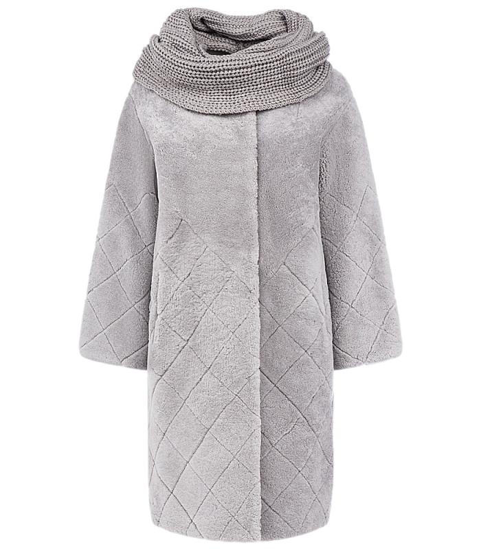 Шуба из овчины со съемными трикотажным шарфом
